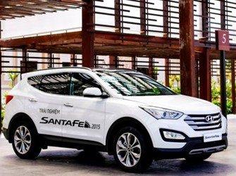 So sánh xe Mazda CX-5 2014 và Hyundai Santa Fe 2015 A.