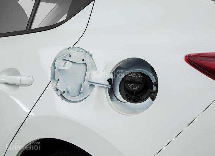 Đánh giá xe Mazda 3 2016 phần thân xe 6
