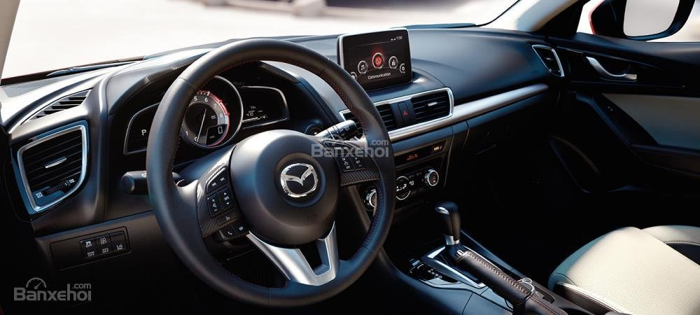 Đánh giá xe Mazda 3 2016 phần tiện ích 1