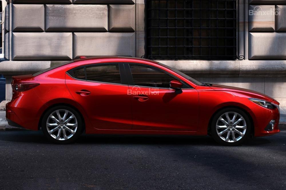 Đánh giá xe Mazda 3 2016 phần thân xe 1
