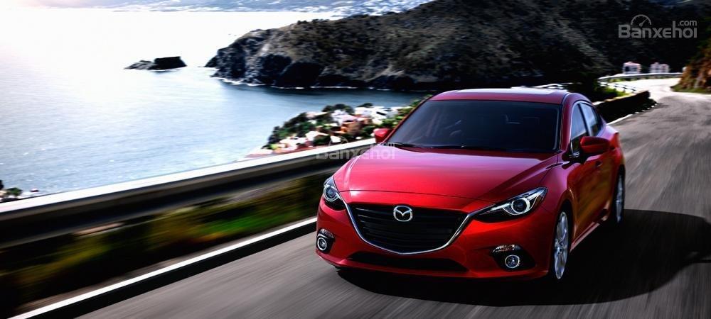 Đánh giá xe Mazda 3 2016 phần đầu xe 3