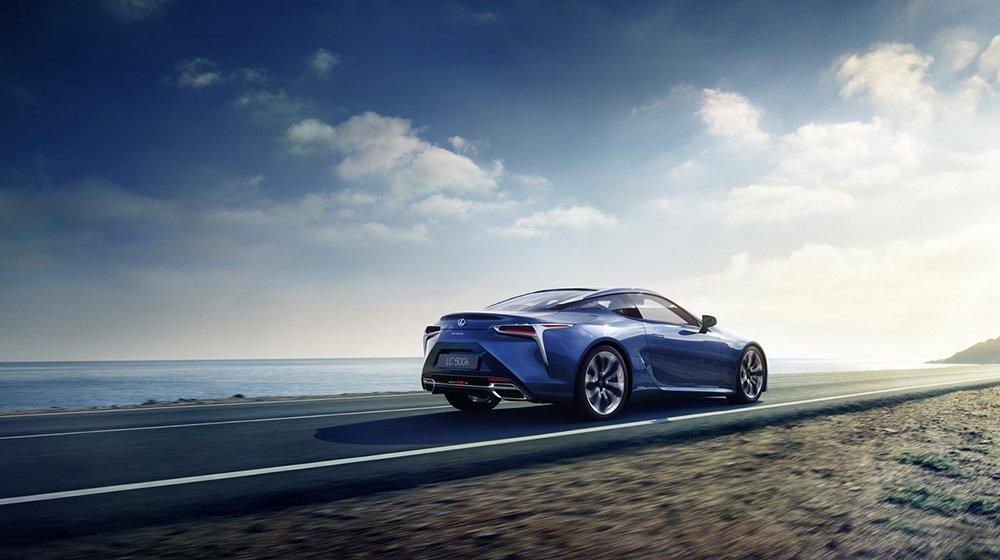 """Lexus LC 500h hybrid sở hữu hệ thống hybrid thế hệ mới mang tên """"Multi Stage Hybrid System""""."""