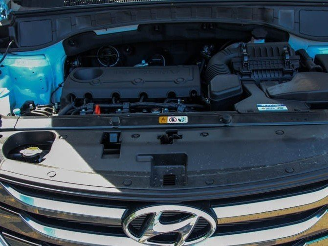 So sánh xe Mazda CX-5 2014 và Hyundai Santa Fe 2015 về trang bị động cơ a.
