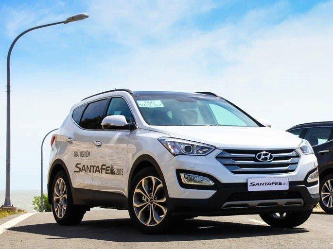 Hyundai Santa Fe 2015 mạnh mẽ, đầm và chắc hơn.