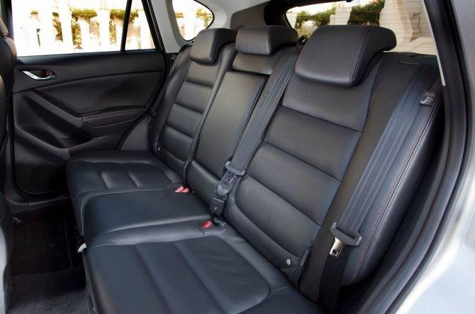 Ghế ngồi của Mazda CX-5 2015.