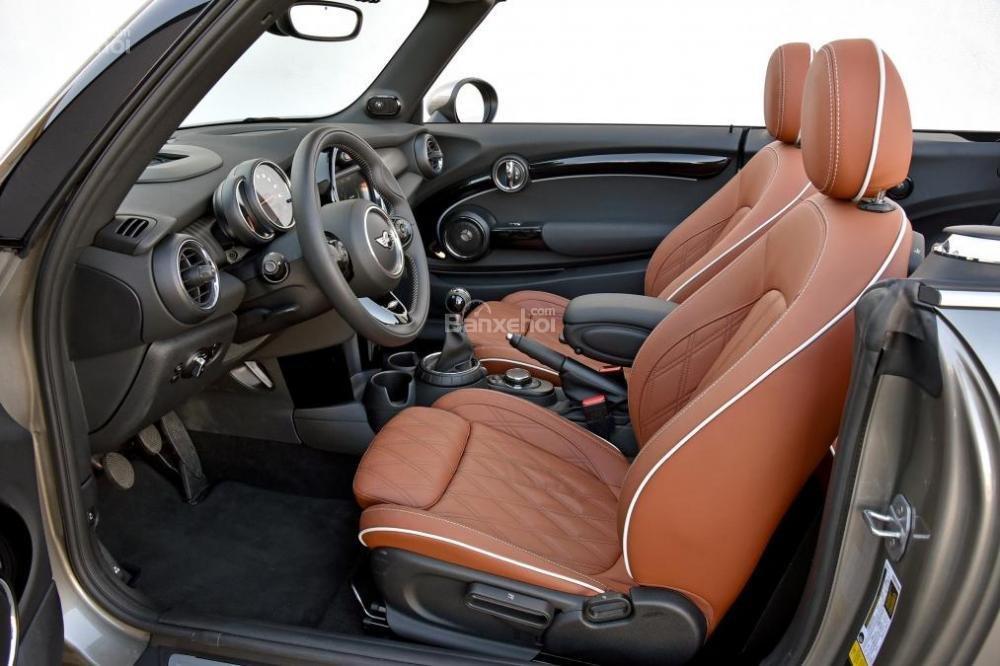 Đánh giá xe MINI Cooper S 2016 phần nội thất 2