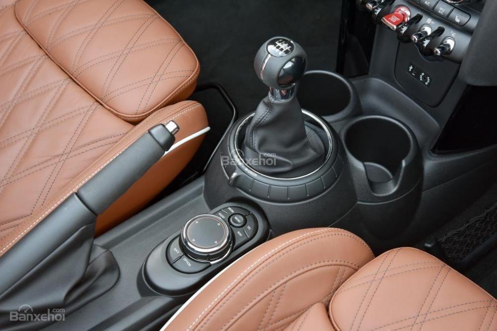 Đánh giá xe MINI Cooper S 2016 phần nội thất 1