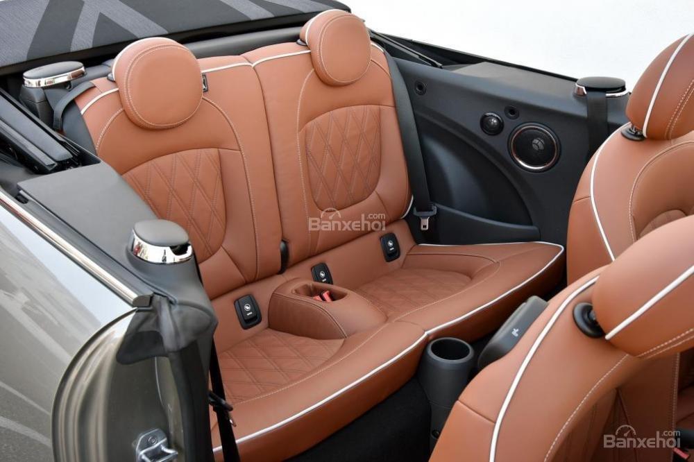 Đánh giá xe MINI Cooper S 2016 phần nội thất 3