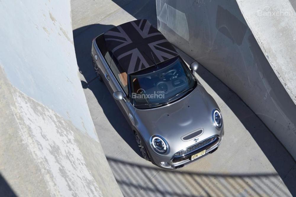 Đánh giá xe MINI Cooper S 2016 phần thân xe 4