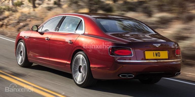 Vén màn Bentley Flying Spur V8 S trước ngày ra mắt 1
