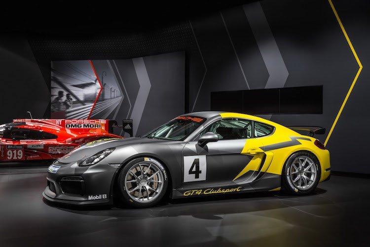 Xe thể thao Porsche Cayman GT4 Clubsport chính thức ra mắt.