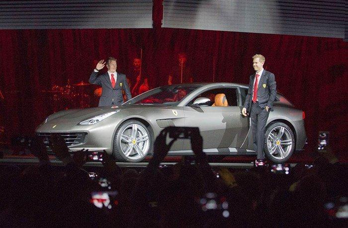 Ferrari GTC4Lusso ra mắt thế giới trong sự chào đón của 1000 khách VIP 2