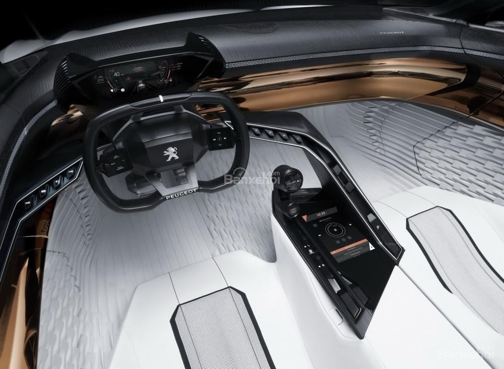 Gian trưng bày của Peugeot còn trưng bày mẫu concept Peugeot Fractal 3