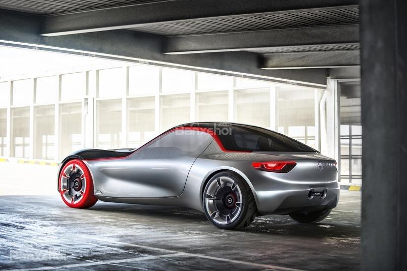 Opel GT Concept đuôi xe 2