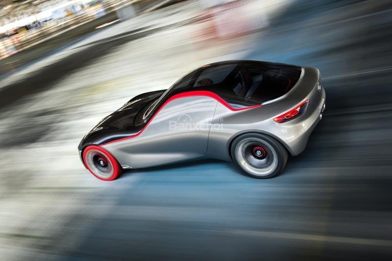 Opel GT Concept đuôi xe 4