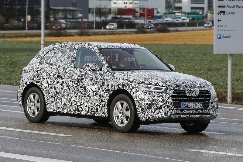 Audi Q5 2017 sở hữu lưới tản nhiệt và đèn pha mới 1