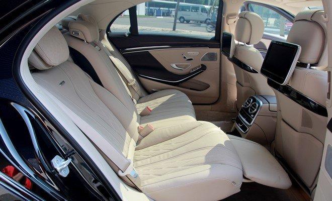Mercedes S65 AMG được trang bị ghế ngồi thương gia.
