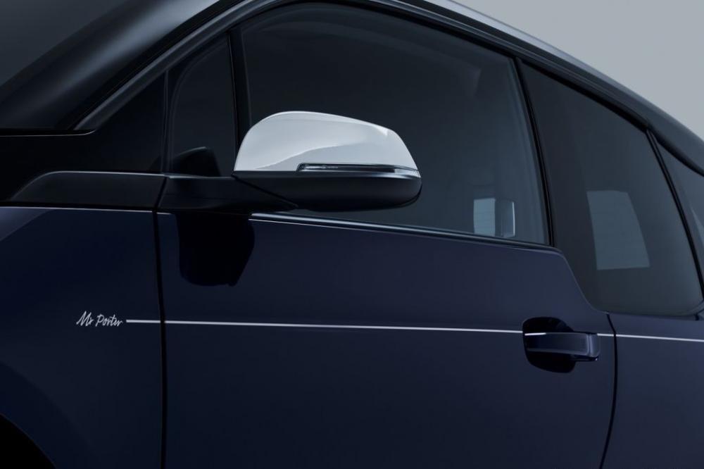 Cận cảnh BMW i3 MR Porter Edition màu xanh Tuxedo sắp ra mắt Geneva Motor Show 2016 1