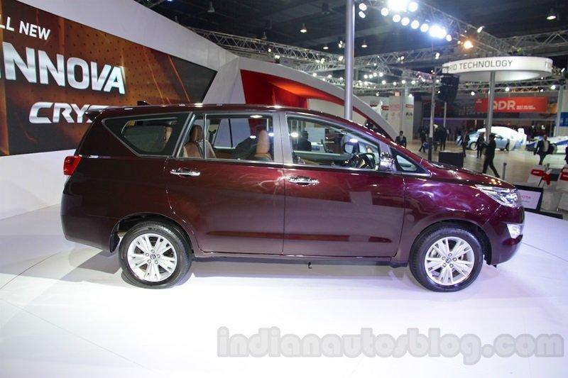 Tìm hiểu 5 điều khác biệt về Toyota Innova Crysta 2