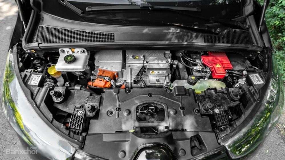 Đánh gia xe Renault ZOE phần vận hành
