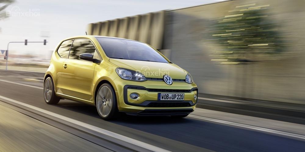 Volkswagen Up được nâng cấp với động cơ mạnh mẽ và thiết kế sắc sảo