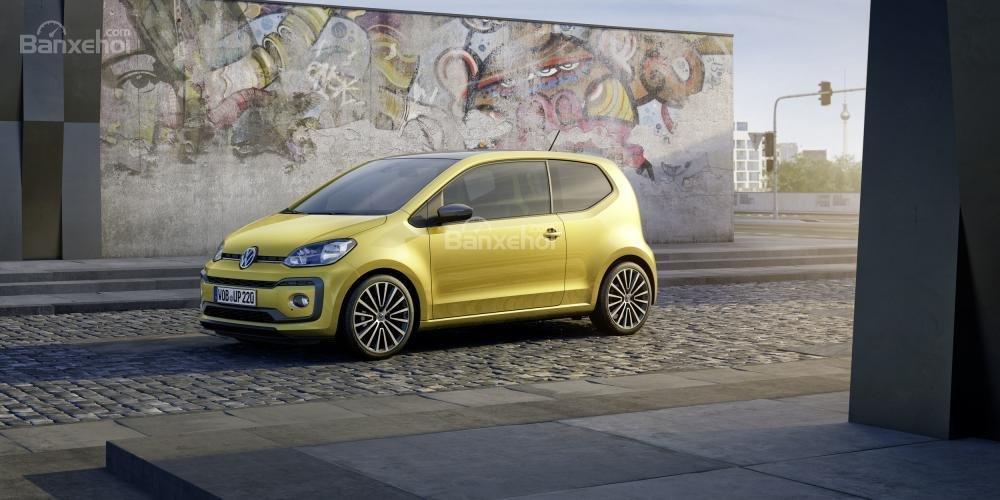 Volkswagen Up được nâng cấp với động cơ mạnh mẽ và thiết kế sắc sảo 1