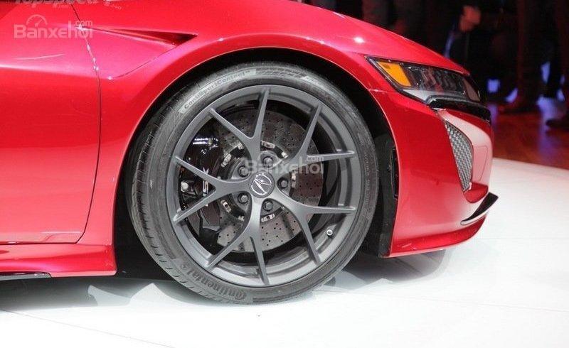 Đánh giá xe Acura NSX 2016: Được sơn màu đen mạnh mẽ