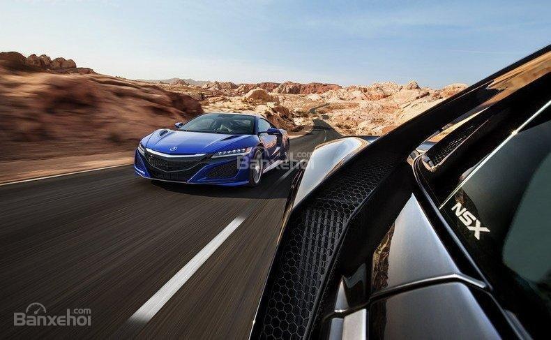 Đánh giá xe Acura NSX 2016: nhưng chưa đủ tốt để có thể qua mặt Ferrari 458 Italia
