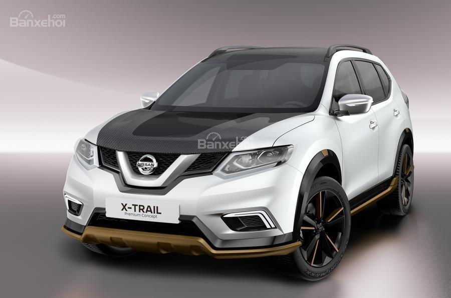 Nissan X-Trail Premium được phủ tông màu trắng và tấm bảo vệ cacte dầu sơn màu vàng đồng