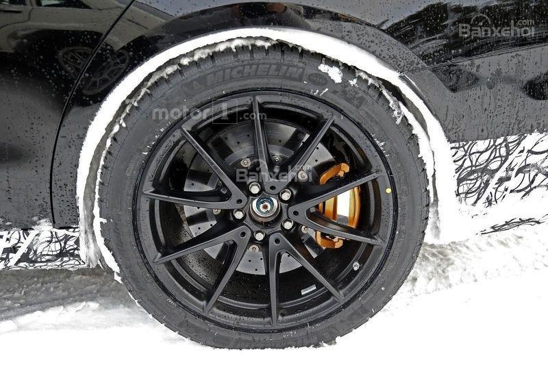 Soi chi tiết Mercedes-AMG E63 trên đường thử nghiệm 7