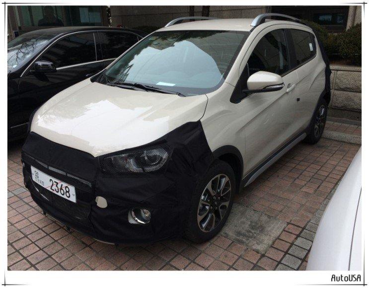 Bắt gặp Chevrolet Spark Activ ngụy trang lỏng lẻo, chạy thử tại Hàn Quốc.