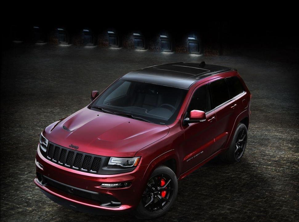 Jeep Grand Cherokee SRT Night được trang bị động cơ HEMI V8 1
