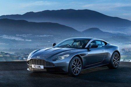Aston Martin DB11 hé lộ hình ảnh chính thức đầu tiên.