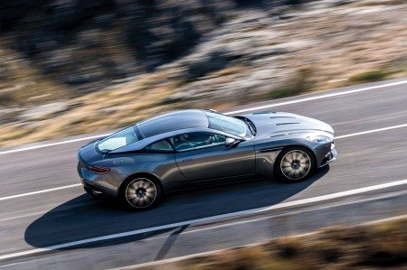 Aston Martin DB11 hé lộ hình ảnh chính thức.