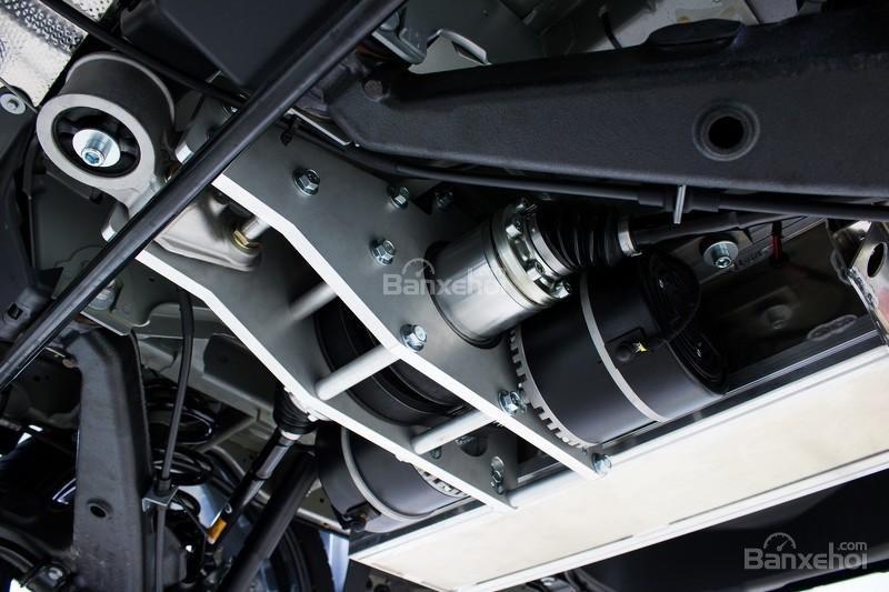 Phiên bản xe độ của MTM mang tên Volkswagen T6 E-Motion sẽ được trang bị trục sau điện hóa 1