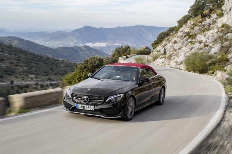 Mercedes-Benz C-Class mui trần công bố hình ảnh chính thức 17