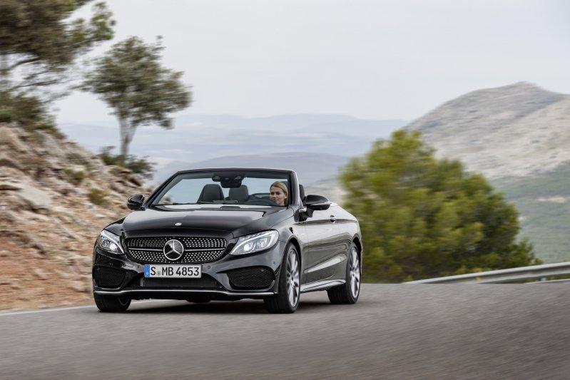Mercedes-Benz C-Class mui trần công bố hình ảnh chính thức 20