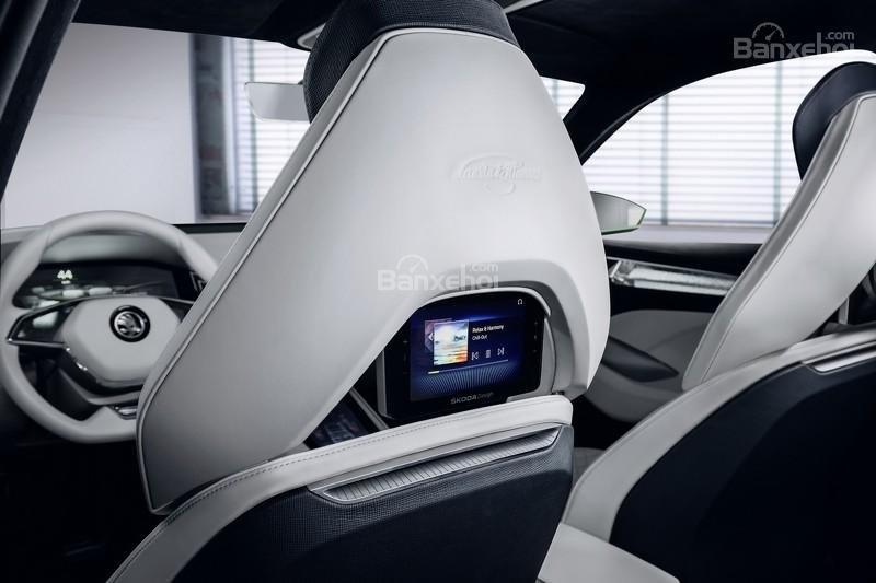 """Skoda VisionS concept: Tân binh SUV """"siêu"""" tiết kiệm 10"""