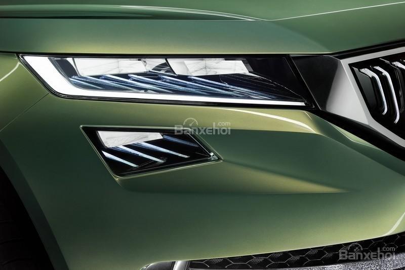 """Skoda VisionS concept: Tân binh SUV """"siêu"""" tiết kiệm 4"""