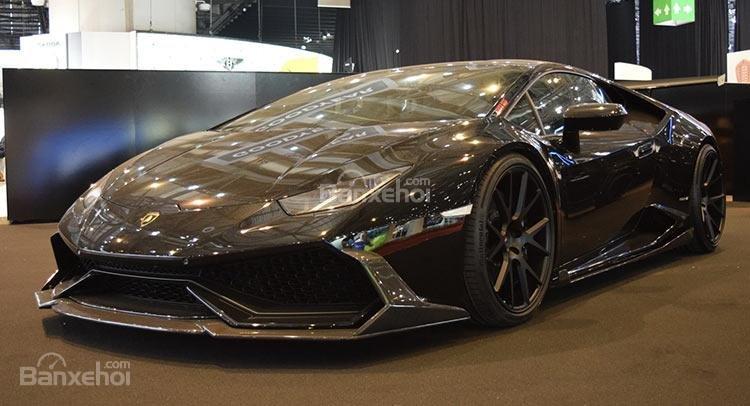 Lamborghini Huracan độ với phong cách nero chói lòa Geneva.