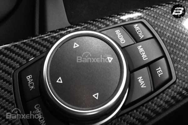 Đánh giá xe BMW M4 Competition Package 2016 phần tiện ích 4.