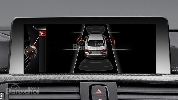 Đánh giá xe BMW M4 Competition Package 2016 phần tiện ích 6.