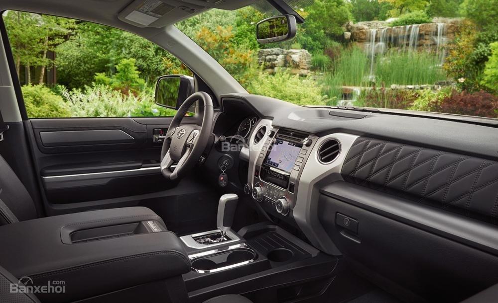Toyota Tundra 2016 mang lại cuộc sống tiện nghi hơn.