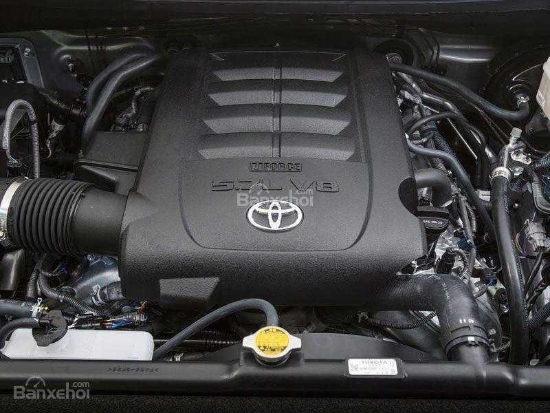 Toyota Tundra 2016 sử dụng duy nhất động cơ V8.
