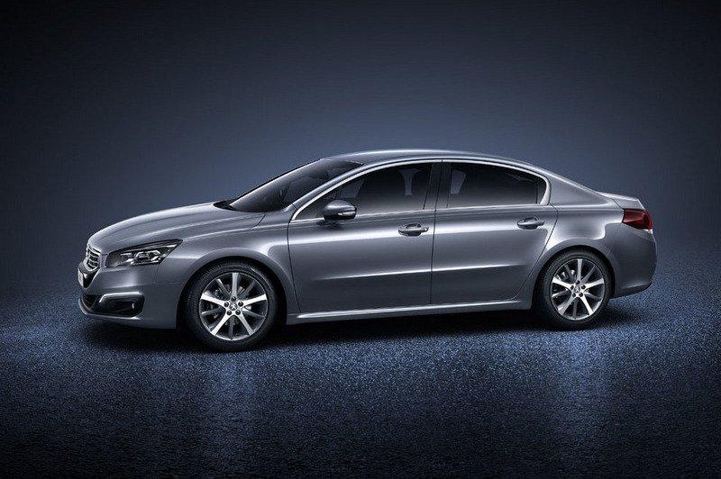 Đánh giá xe Peugeot 508 2015.
