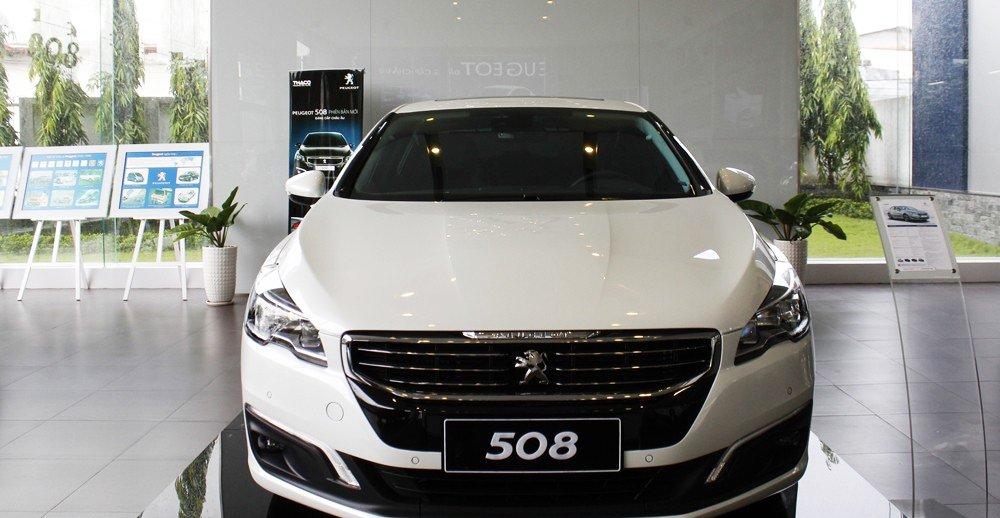 Đánh giá xe Peugeot 508 2015 phần đầu 1.