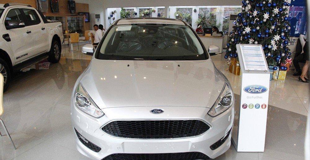 Ford Focus 2016 sở hữu phong cách thiết kế trẻ trung.
