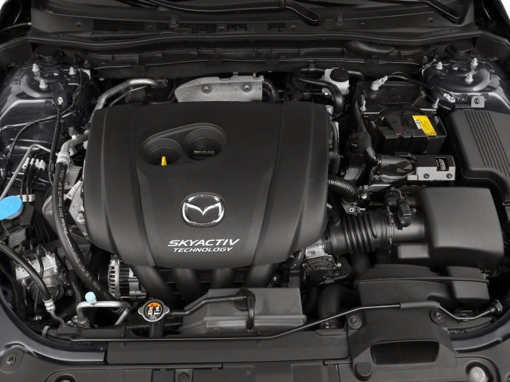 So sánh xe Mazda3 2015 và Ford Focus 2016 về động cơ.