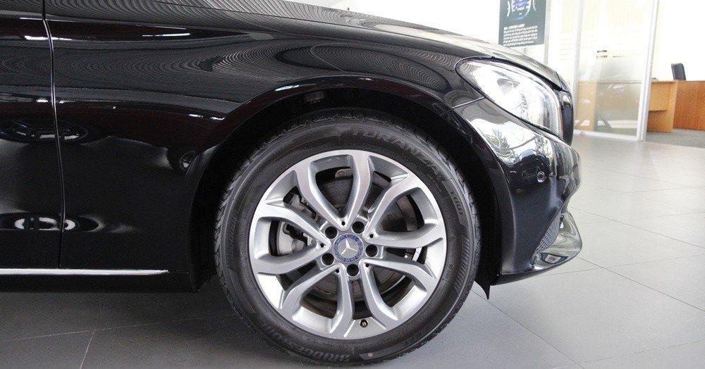 Đánh giá xe Mercedes-Benz C200 2015 phần thân