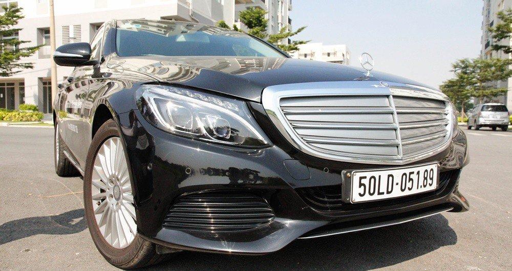 Đánh giá xe Mercedes-Benz C-class 2015 phần đầu 4.
